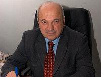 Виктор Тутельянд.м.н., профессор, Российской Академии Медицинских наук (РАМН) и сейчас является главным научным секретарем Академии и Директором Института Питания