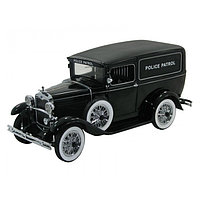 1/18 Signature Ford Panel Car Police Patrol 1931 Black
