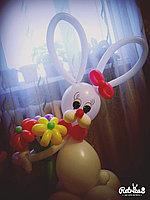 Фигуры из шаров в Павлодаре (Зайчик с букетиком), фото 1