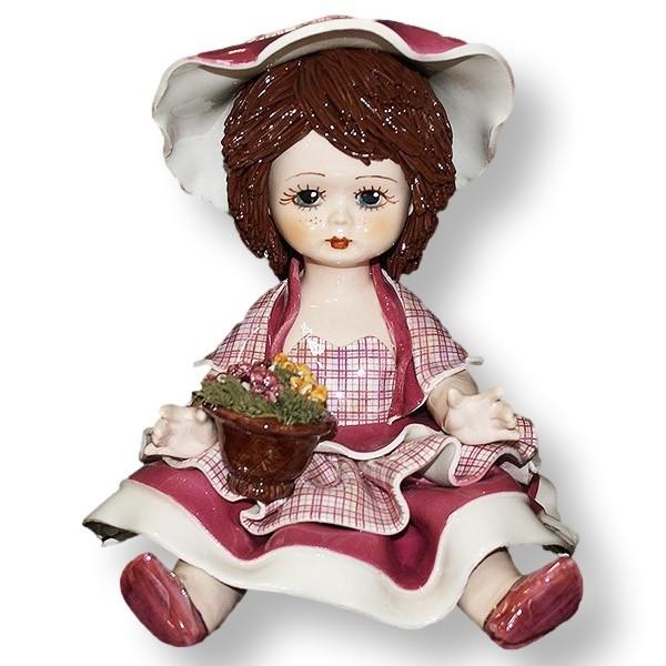 Статуэтка из керамики Девочка с цветами. Италия, ручная работа