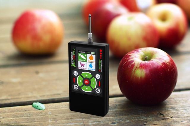 """С прибором """"EcoLifePro2"""" вы обезопасите себя от употребления нитратных фруктов"""