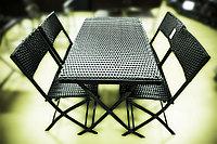 Комплект складной мебели (черный): 4 стула, стол
