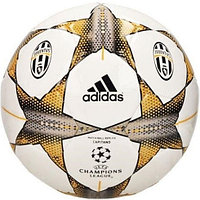 Мяч Adidas Juventus UEFA Champion's League Capitano Matchball Replica