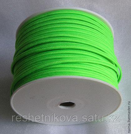 Зеленый Люминисцентный