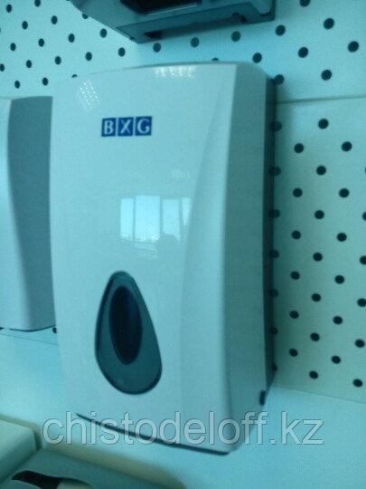 Диспенсер для листовой туалетной бумаги Z уклад