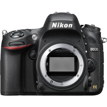 Цифровая камера Nikon D600, 18-55mm VR - Ruba Technology в Алматы