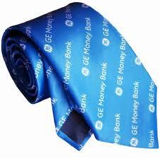 Изготовление мужских фирменных галстуков.