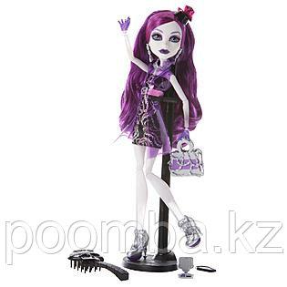 Monster High Spectra Vondergeist Ghoul's Night Out. Школа Монстров Спектра на ночной прогулке