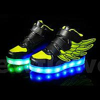 LED Кроссовки детские со светящейся подошвой высокие, черно-зеленые крылья, фото 1