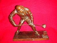 Антикварная бронзовая скульптура «Литейщик»
