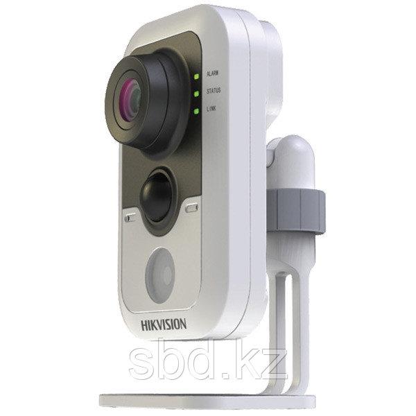 IP Камера видеонаблюдения Hikvision DS-2CD2432F-I
