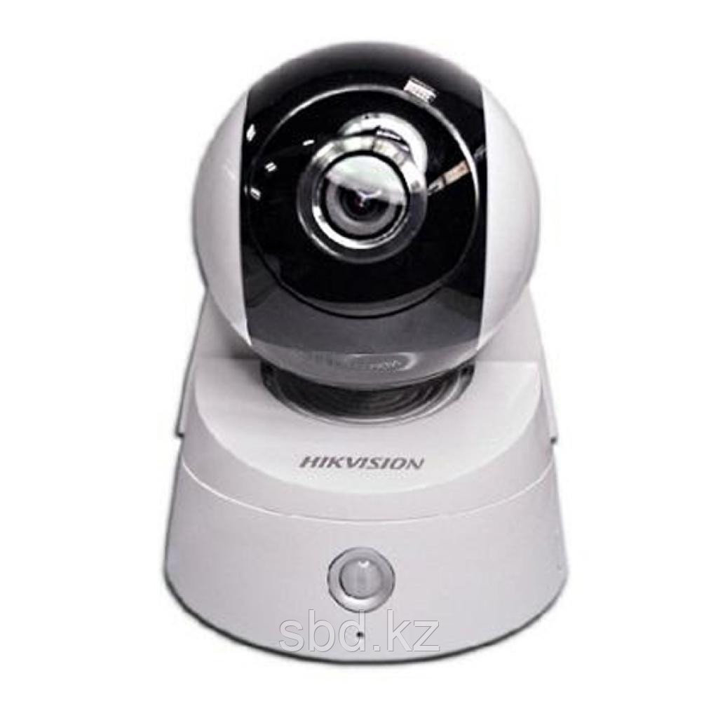 Управляемая скоростная поворотная IP камера видеонаблюдения Hikvision DS-2CD2Q10FD-IW