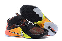 Кроссовки Nike LeBron Zoom Soldier 9 (IX) Black Sunshine (40-46)