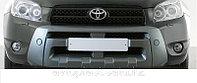 Накладка на передний бампер Toyota RAV4, фото 1