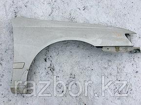 Крыло переднее правое Toyota Caldina (ST195)