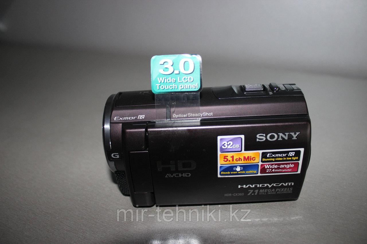 Цифровая видеокамера  Sony HDR-CX160