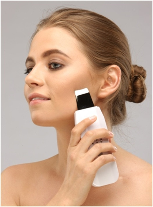 Прибор ультразвуковой для чистки лица WELSS WS 7050