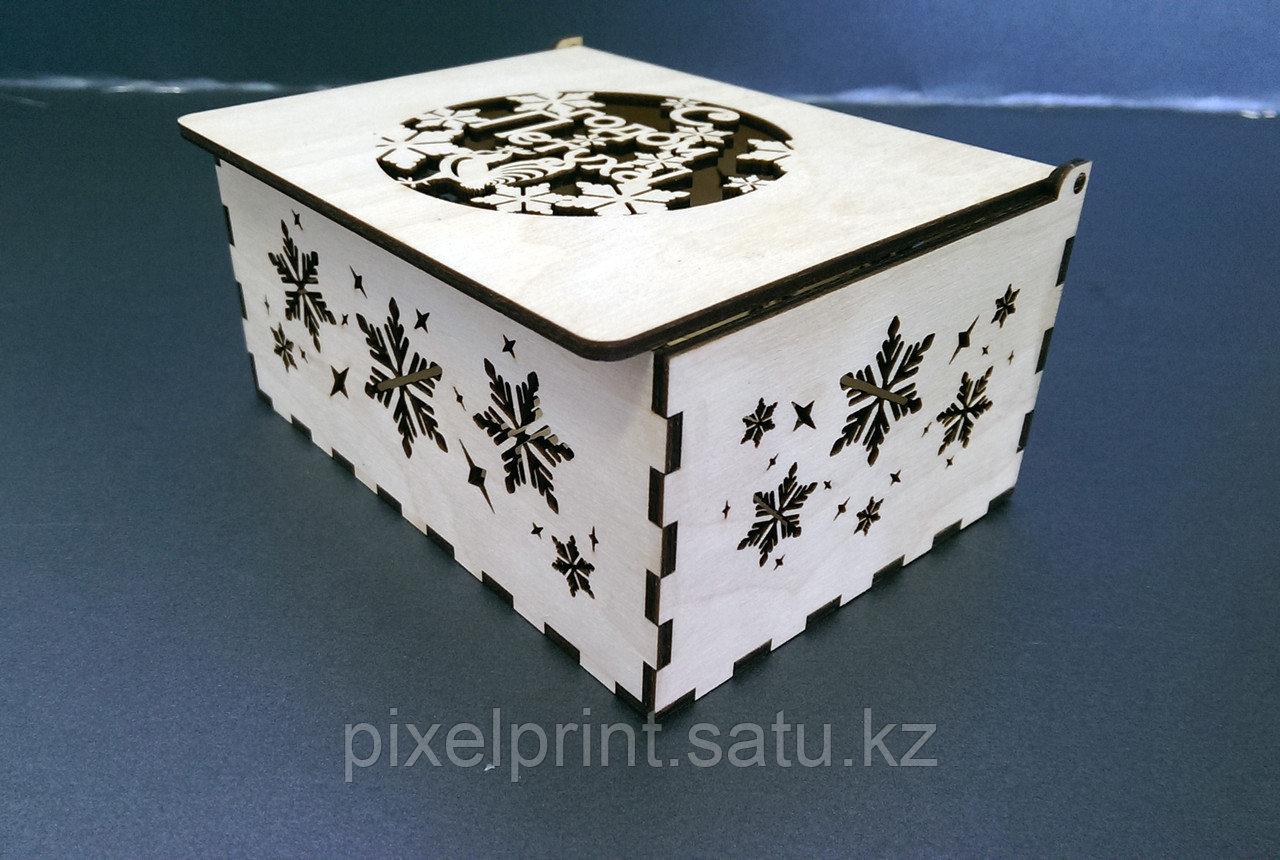 """Подарочная коробка из фанеры """"Год петуха"""""""