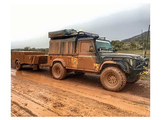 Land Rover Defender 84-
