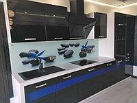 Стильная кухня  в черном цвете