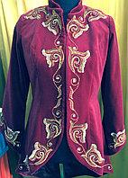 Бешмет-сюртук женский из натурального бархата в национальном стиле
