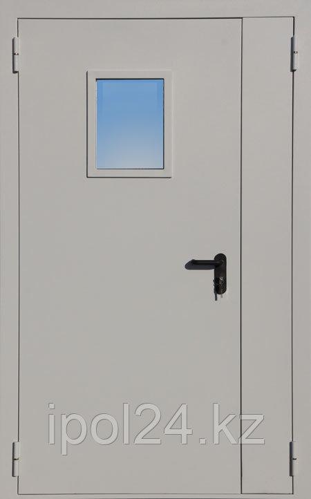 Противопожарная дверь двустворчатая остекленная ДПМО 02 Ei60 с площадью остекления до 25%