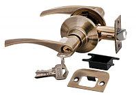 Дверная ручка-кноб с ключ-фиксатором Rucetti HK-02 L AB (цвет: античная бронза)