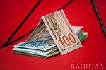 Эксперт: Доллар продолжит рост в область 321 тенге