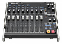 TASCAM RC-F82