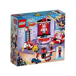 LEGO: ДОМ ХАРЛИ КВИНН