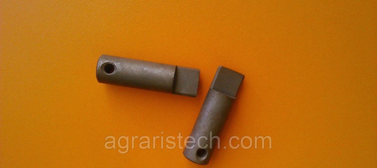 Палец ролика собачки механизма включения привода вязального стола пресс-подборщика Sipma Z-224 2023-080-102.03