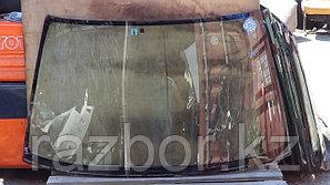 Лобовое стекло Nissan Primera (11)