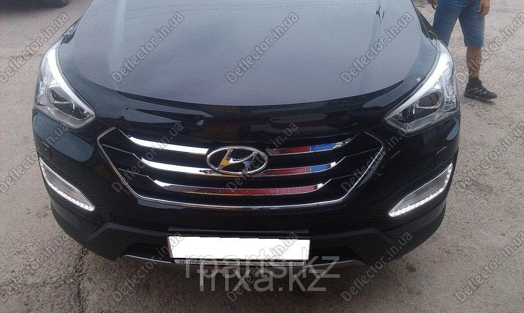 Мухобойка (дефлектор капота) Hyundai SantaFe 2013-