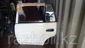 Дверь левая задняя Toyota Caldina ET196