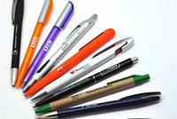 Нанесение логотипа на ручки. УФ (UV) печать на ручках.