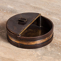 Пепельница, медь и кожа  Ashtray Copper And Leather