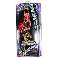 Monster High Electrified Ghoul Cleo De Nile Doll