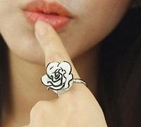 """Кольцо """"Манящая роза"""""""