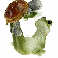 "Сувенир - миниатюра ""Лягушонок с черепашкой на зарядке"", 6 см × 5 см × 6,5 см"