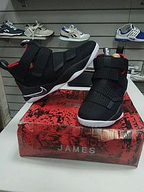 Баскетбольные кроссовки Nike Lebron James XI (11) Zoom Soldier Black and Red