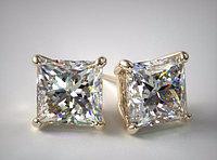 GIA Принцесса  2.02Ct K/SI1 EX-Cut Золотые серьги пуссеты с бриллиантами