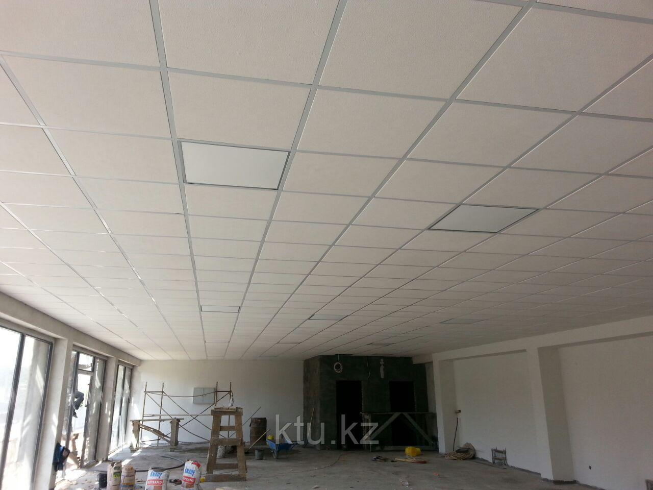 Потолок подвесной плиточного типа
