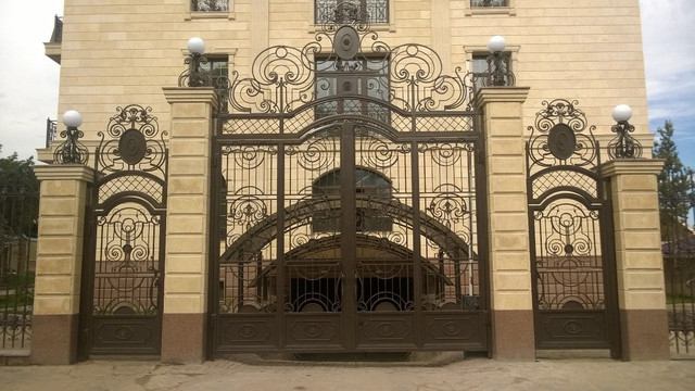 Ворота уличные