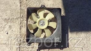 Вентилятор радиатора Toyota RAV4 правый SXA10
