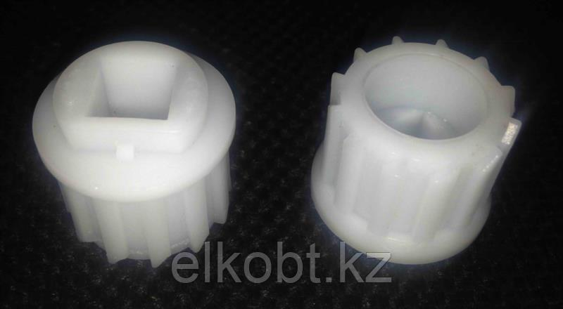 Муфта (Втулка) шнека для мясорубок Bosch 753348