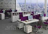 Столы на металлических опорах серии Megan для 4-х сотрудников