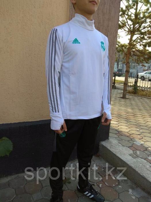 Тренировочный костюм Real Madrid