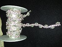 Стразовая лента с розовыми кристаллами
