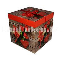 Подарочная упаковка 15*15 см (средняя) Букет роз и подарок