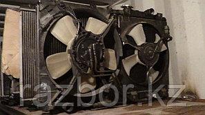 Вентилятор радиатора правый Mitsubishi Diamante